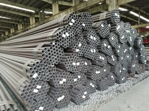 Fluid conveying pipe